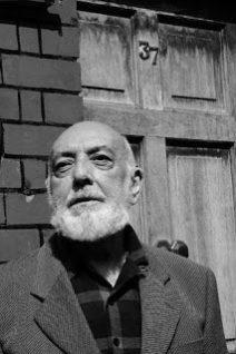 "Poem of the Week: ""Artists' Letters"" by Thomas Kinsella"
